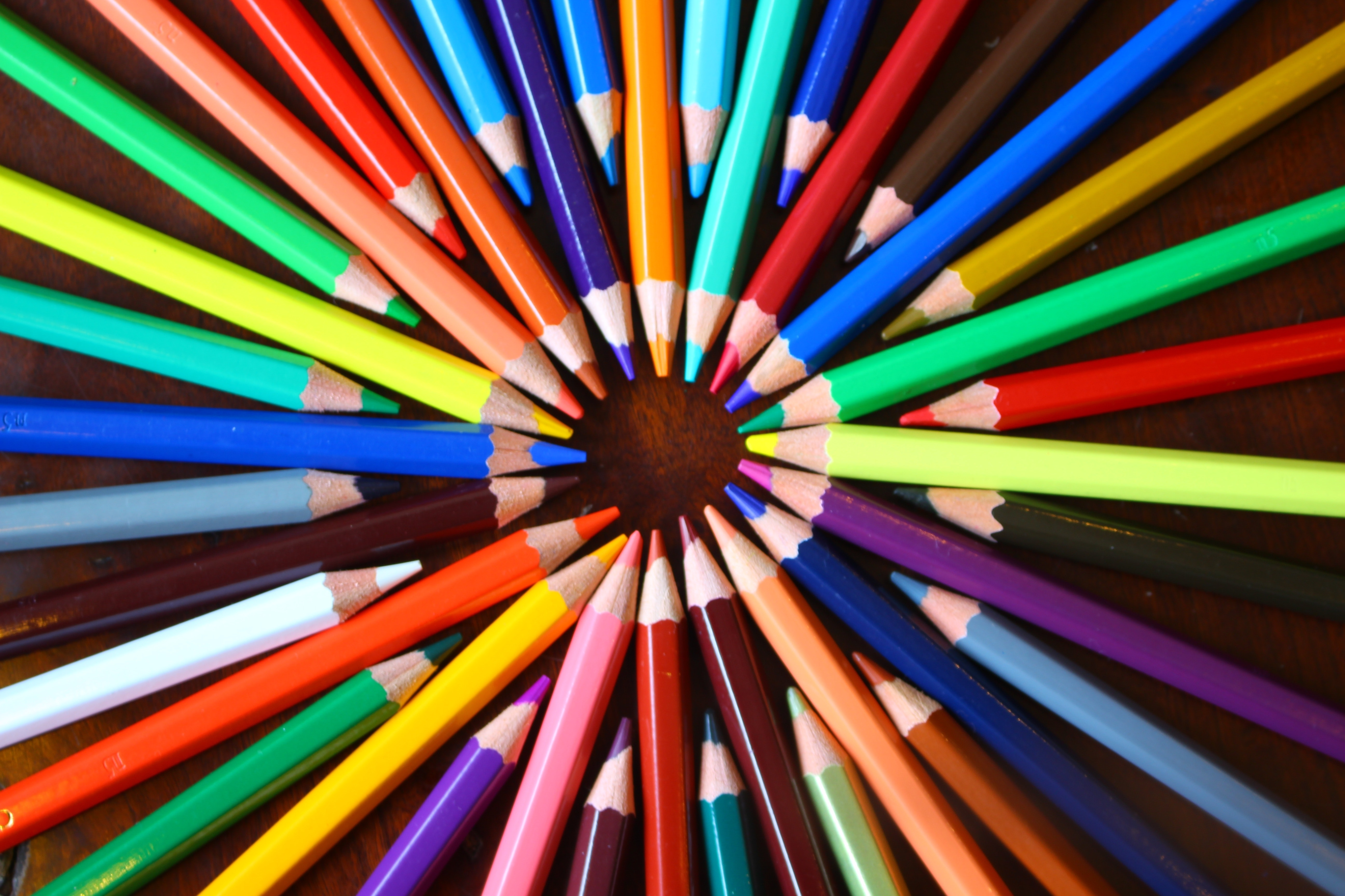 intelligent-data-hub-pencils-blog