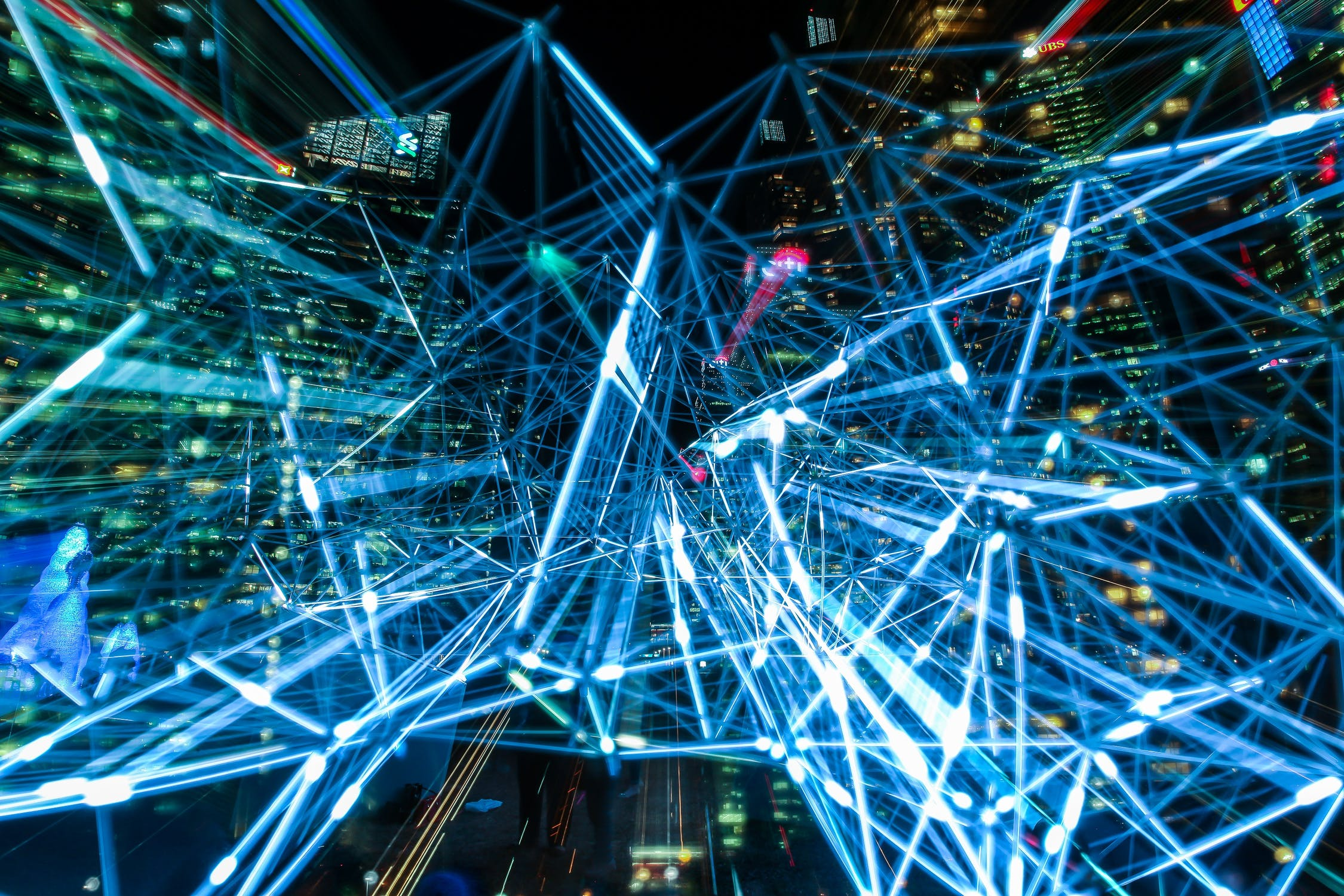 pexels-photo-373543Simplify the Data Hub Streaming & Batch Integration